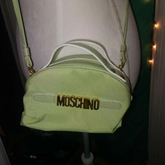 d86b4714383 True Vintage Moschino Mini Bag. M_5b54b840fe5151266a5b5b09